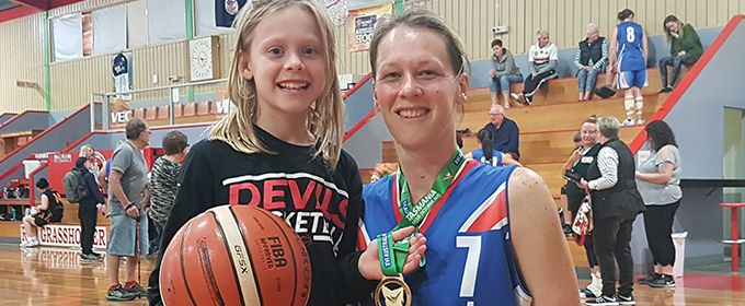 Launceston mum makes golden comeback on the hardwood at #16AMG
